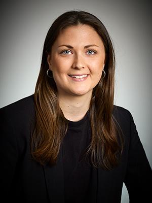 Johanna Bjälkander är Biträdande jurist här på Pedersen.